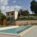 05-piscina_agriturismo_montechiaro