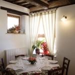 Sala grande tavolo angolo